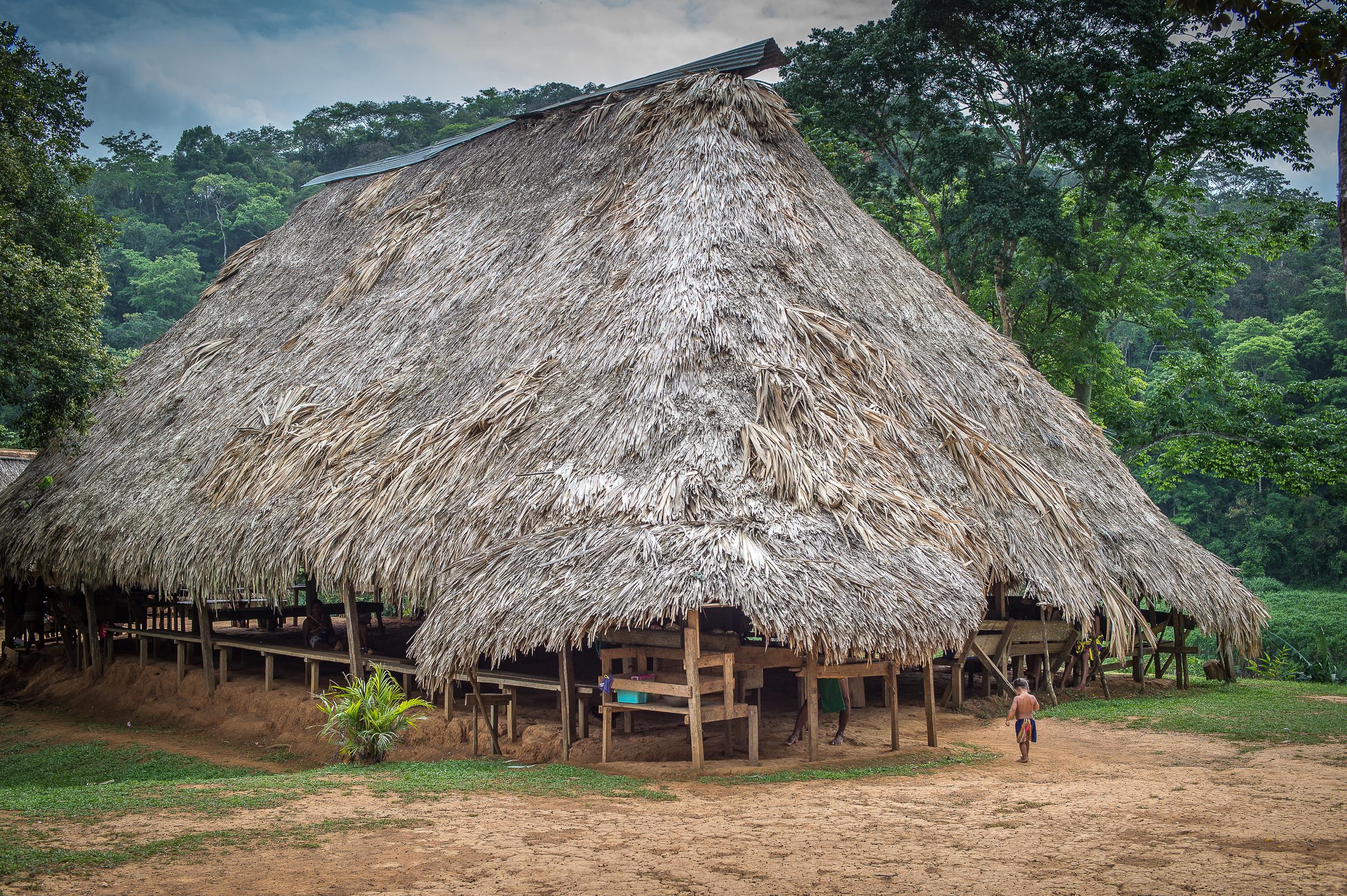tribu-emberá-panama-rio-chagres